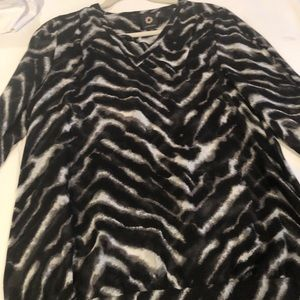 Sexy comfortable 3/4 sleeve animal print top